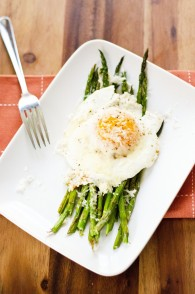 Asparagus With Fried Eggs and Parmesan Cheese